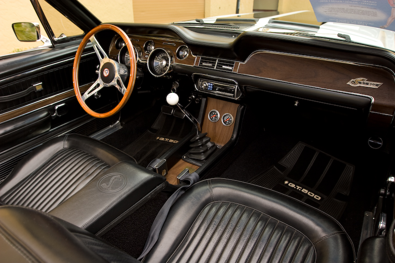 1968 SHELBY GT500 CONVERTIBLE - Interior - 170004