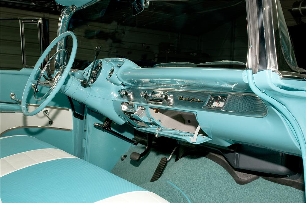 1957 CHEVROLET BEL AIR CONVERTIBLE - Interior - 170018