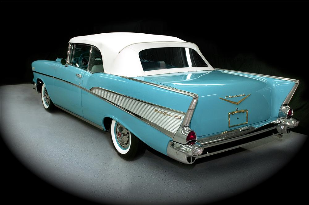 1957 CHEVROLET BEL AIR CONVERTIBLE - Rear 3/4 - 170018
