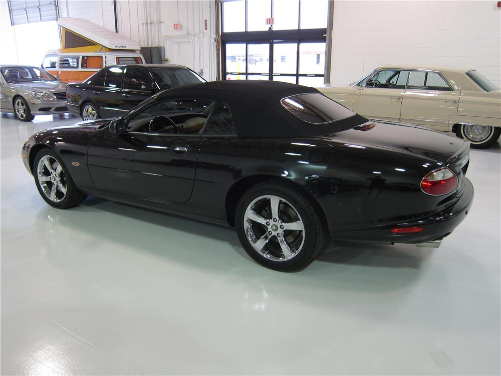 2002 jaguar xkr convertible 170022. Black Bedroom Furniture Sets. Home Design Ideas
