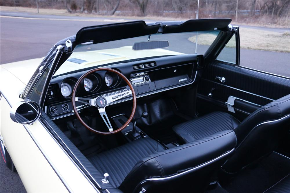 1968 OLDSMOBILE 442 CONVERTIBLE - Interior - 170025
