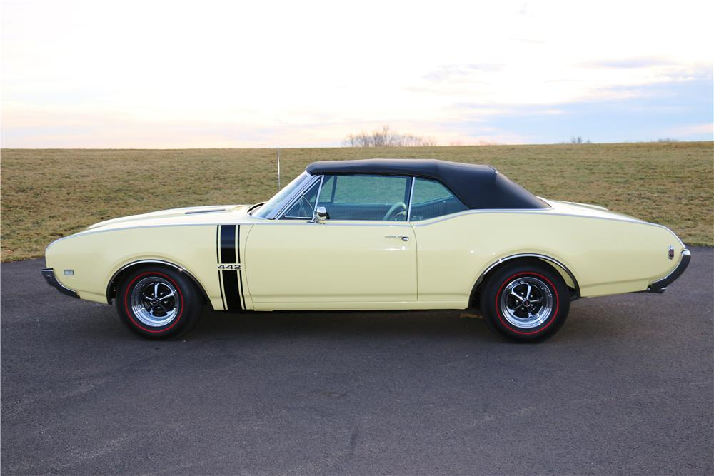 1968 OLDSMOBILE 442 CONVERTIBLE - Side Profile - 170025