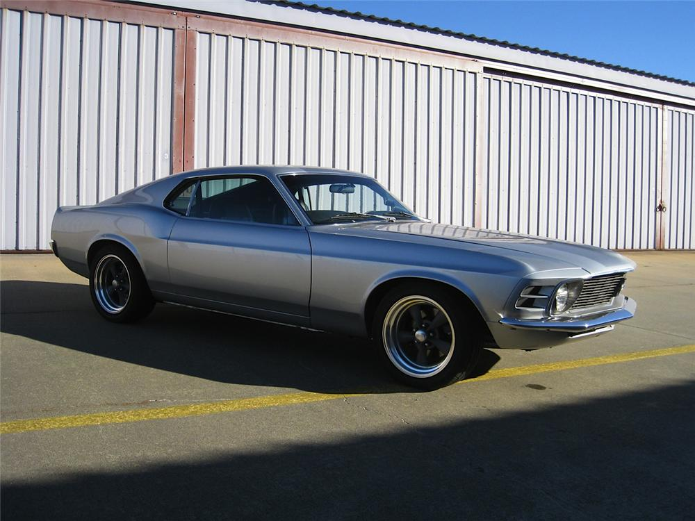 1970 FORD MUSTANG CUSTOM FASTBACK - Front 3/4 - 170026
