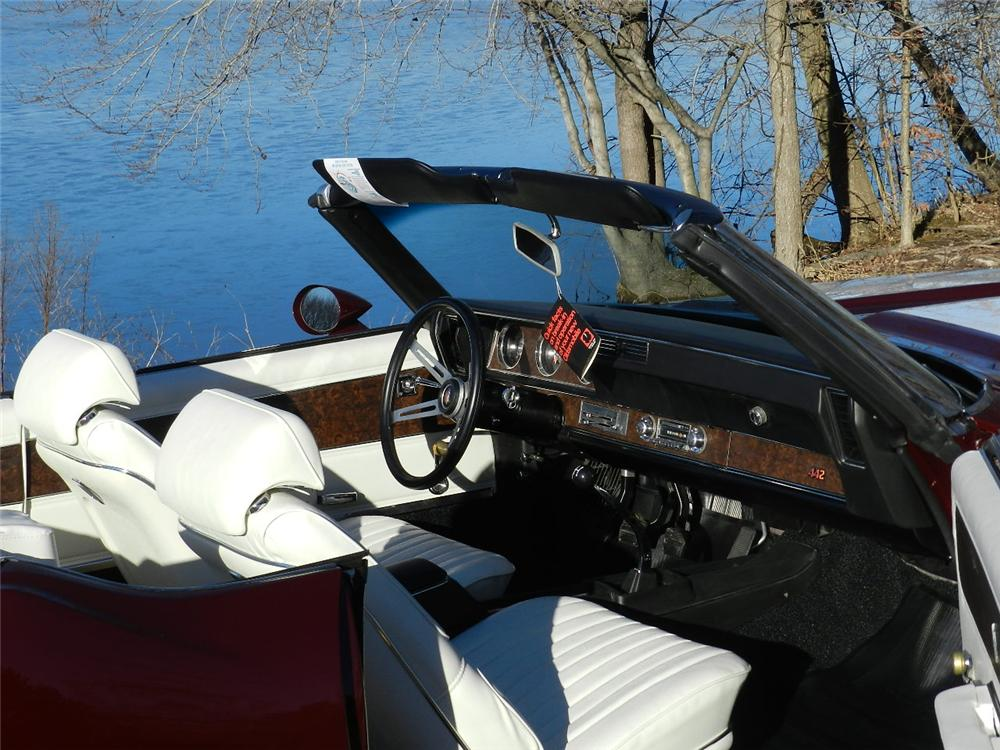 1970 OLDSMOBILE 442 CONVERTIBLE - Interior - 170030