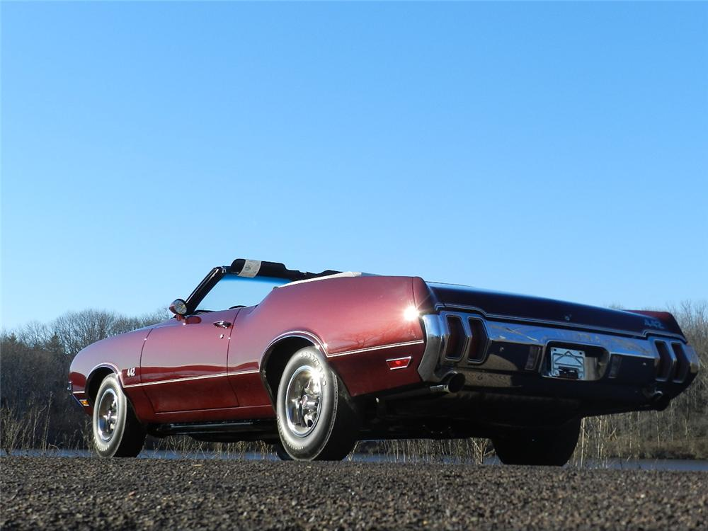 1970 OLDSMOBILE 442 CONVERTIBLE - Rear 3/4 - 170030
