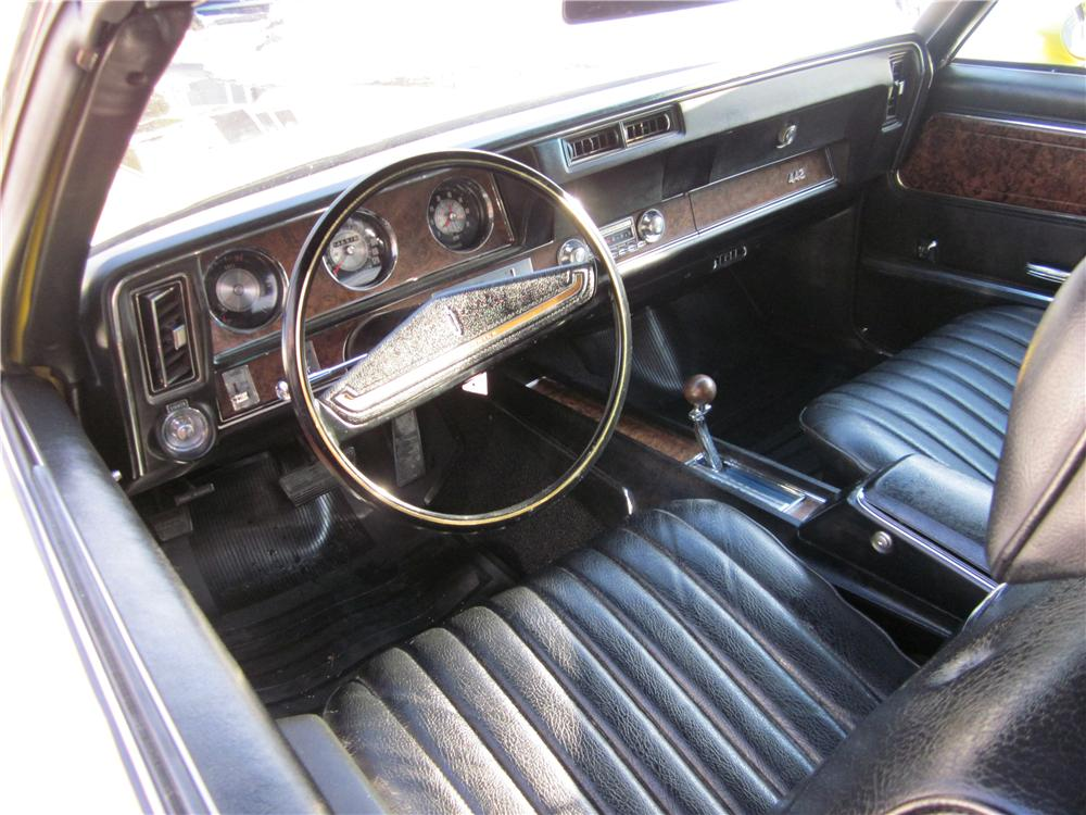 1970 OLDSMOBILE 442 CONVERTIBLE - Interior - 170035