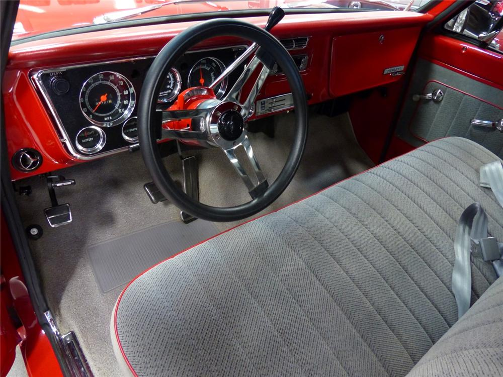 1969 CHEVROLET C-10 CUSTOM PICKUP - Interior - 170057