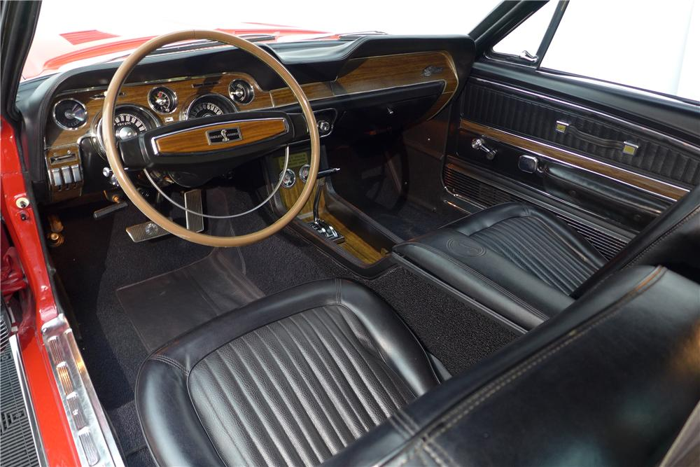 1968 SHELBY GT500 FASTBACK - Interior - 170062