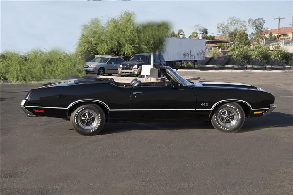 1971 OLDSMOBILE 442 CONVERTIBLE - Side Profile - 170063