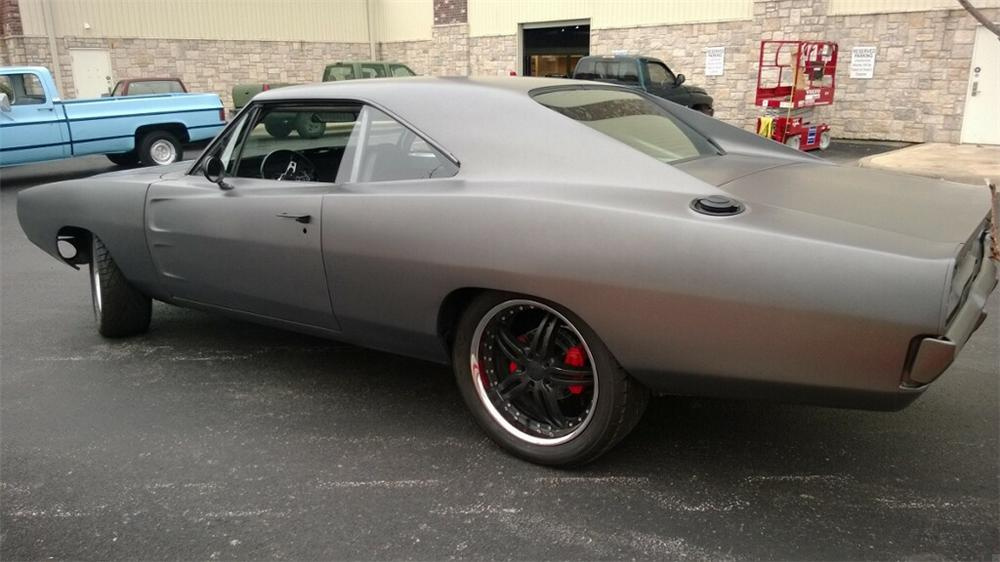1969 DODGE CHARGER CUSTOM 2 DOOR HARDTOP - Rear 3/4 - 170077