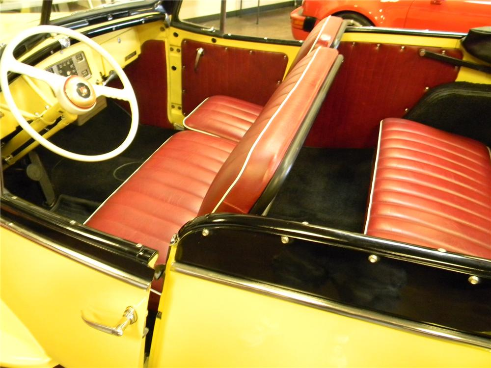 1949 WILLYS JEEPSTER CONVERTIBLE - Interior - 170084