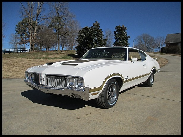 1970 OLDSMOBILE 442 W30 2 DOOR COUPE - Front 3/4 - 170092