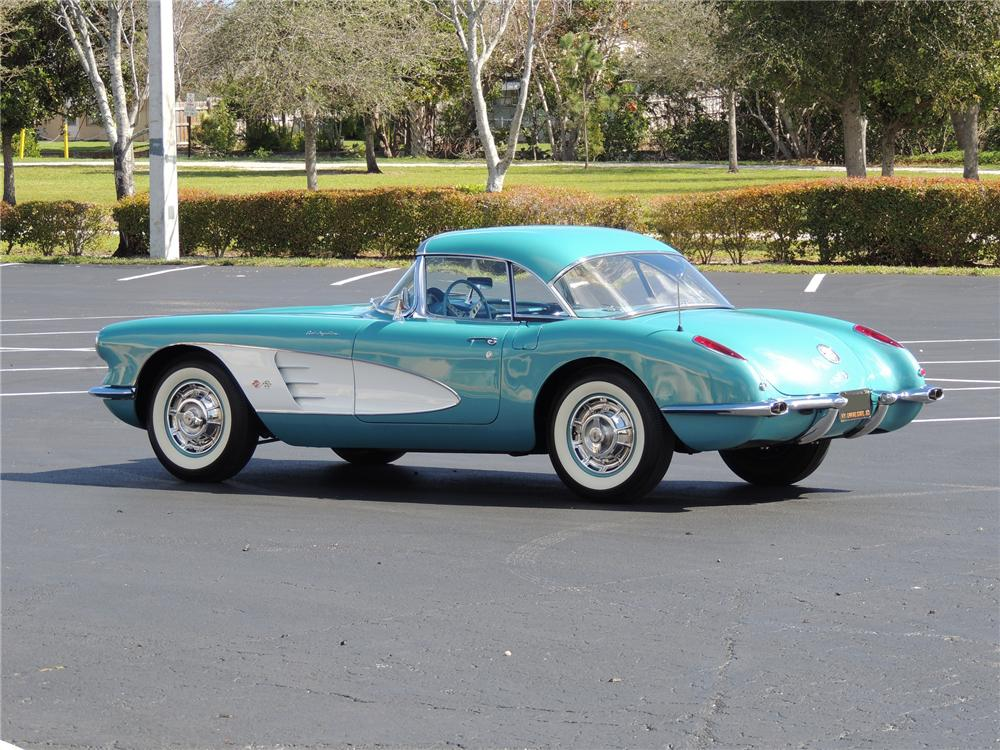1960 CHEVROLET CORVETTE CONVERTIBLE - Side Profile - 170100