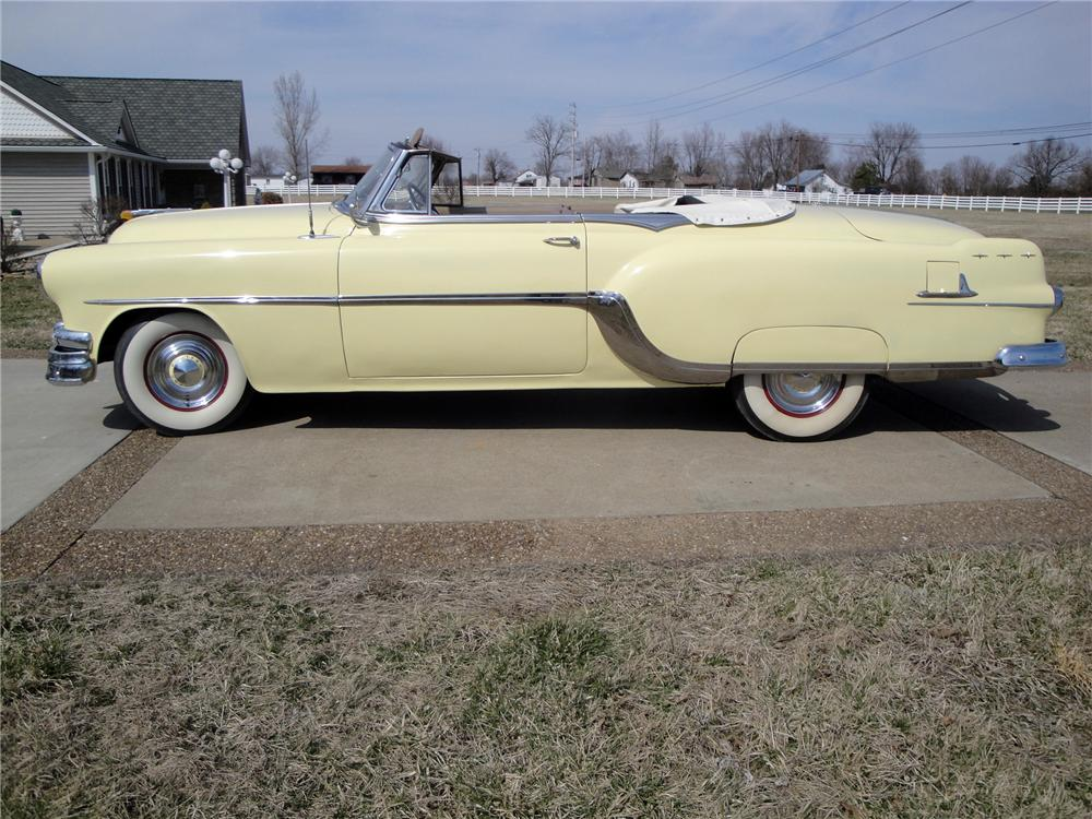 1954 PONTIAC STAR CHIEF CONVERTIBLE - Side Profile - 170109