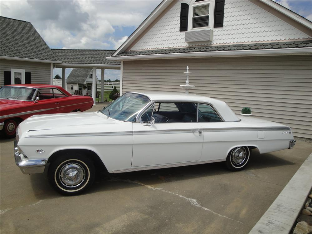 1962 CHEVROLET IMPALA SS 2 DOOR HARDTOP - Side Profile - 170111