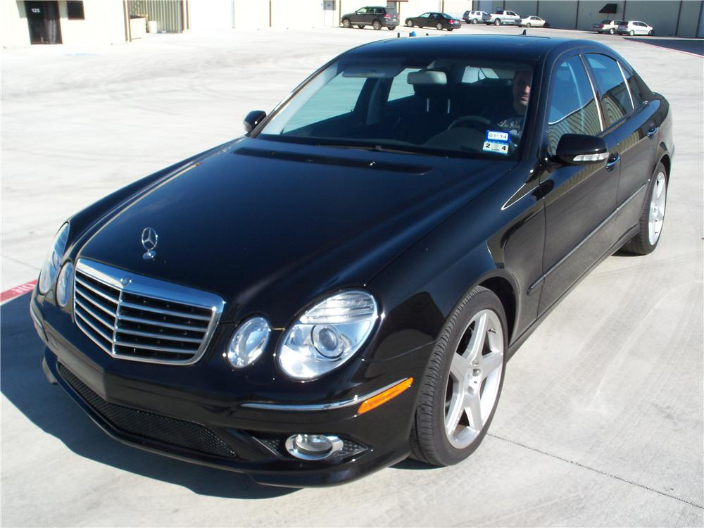 2009 MERCEDES-BENZ E350 4 DOOR SEDAN - Front 3/4 - 170118