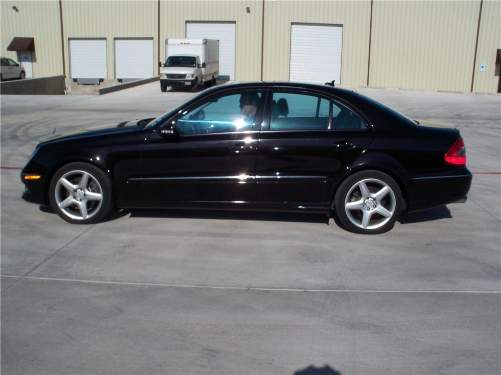 2009 MERCEDES-BENZ E350 4 DOOR SEDAN - Side Profile - 170118