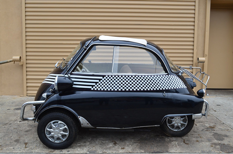 1959 BMW ISETTA 300  - Side Profile - 170119