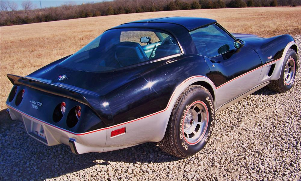 1978 CHEVROLET CORVETTE 2 DOOR COUPE - Rear 3/4 - 170137
