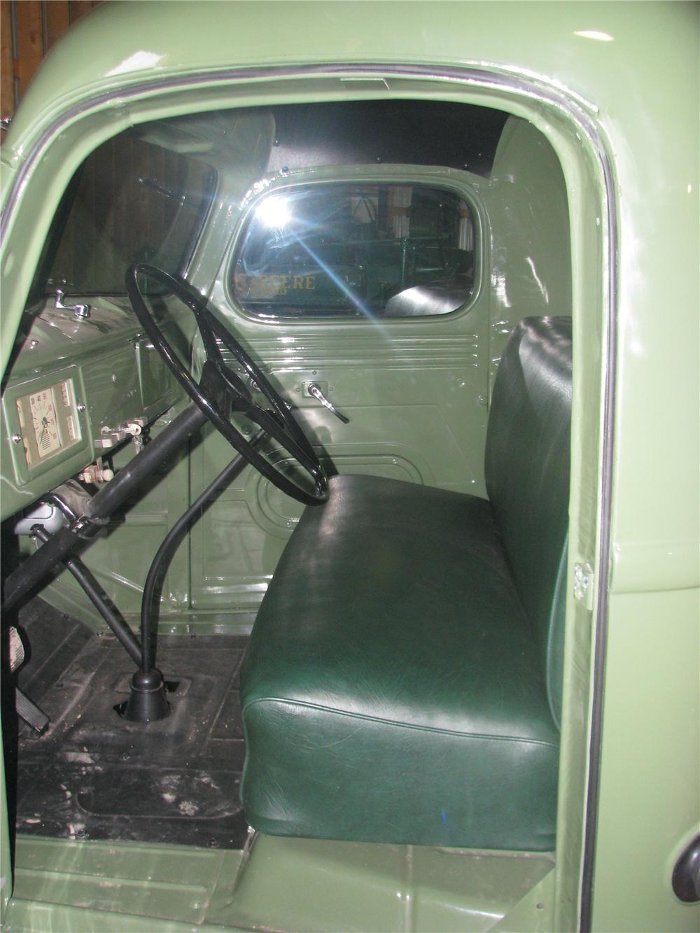 1949 INTERNATIONAL KB3 FLAT BED - Interior - 170159
