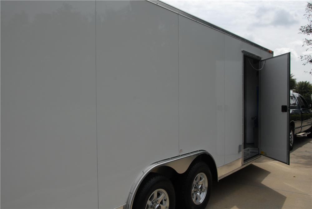2009 CUSTOM CAR TRAILER - Front 3/4 - 170173
