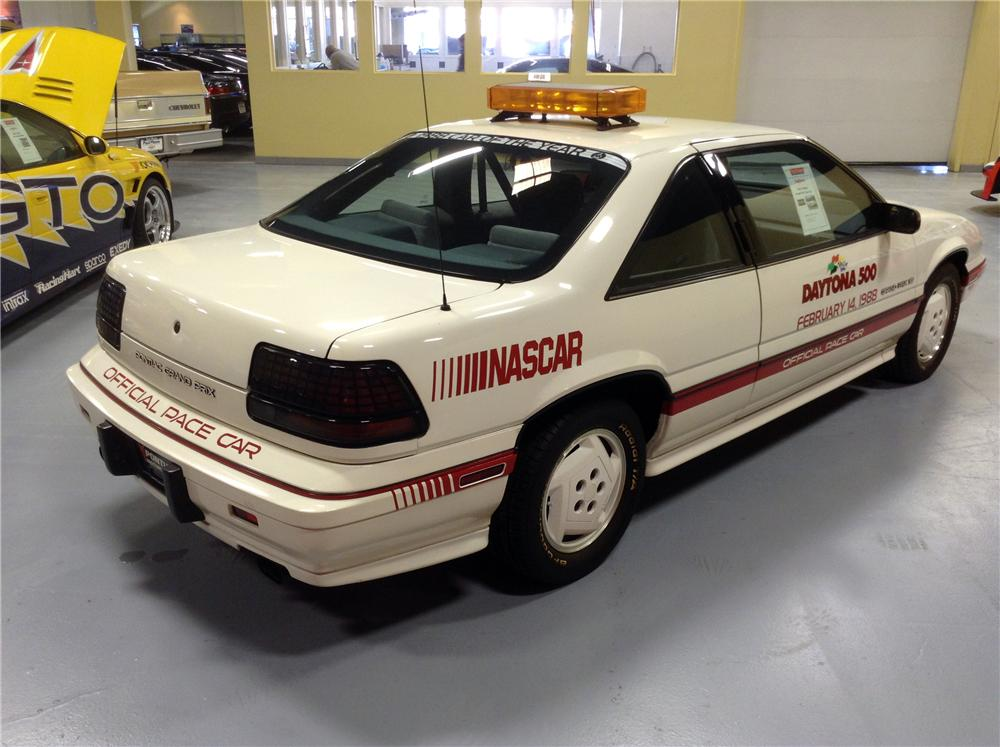 1988 PONTIAC GRAND PRIX DAYTONA 500 PACE CAR - Rear 3/4 - 170180
