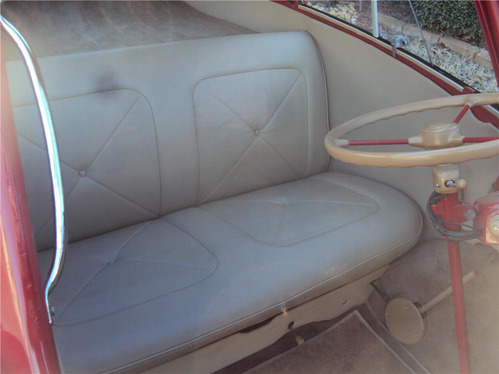 1957 BMW ISETTA 300 CONVERTIBLE - Interior - 170190