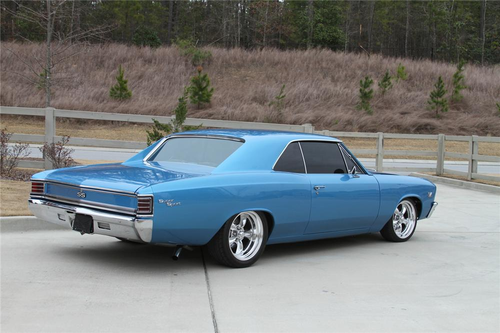 1967 CHEVROLET CHEVELLE CUSTOM 2 DOOR COUPE - Rear 3/4 - 170192