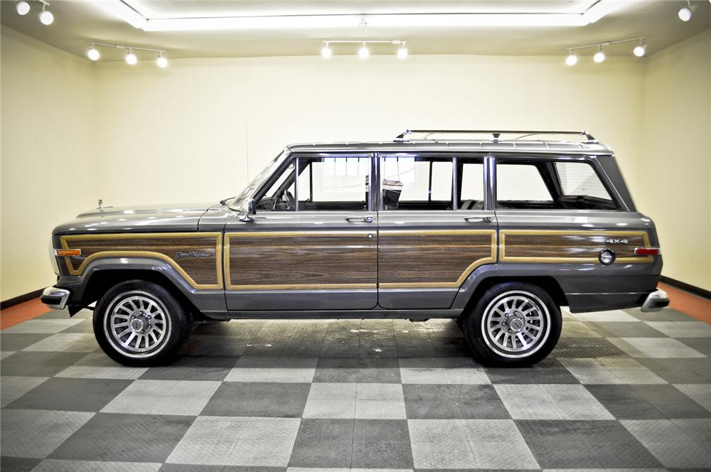 1989 JEEP GRAND WAGONEER SUV - Side Profile - 170235