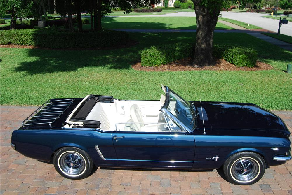 1965 FORD MUSTANG CONVERTIBLE - Side Profile - 170237