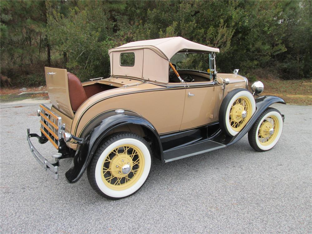 1930 FORD MODEL A ROADSTER - Rear 3/4 - 170253