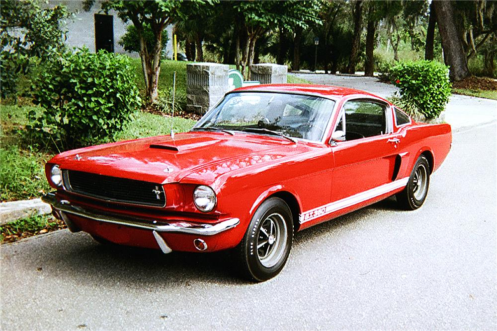 1966 SHELBY GT350 FASTBACK - Front 3/4 - 170271