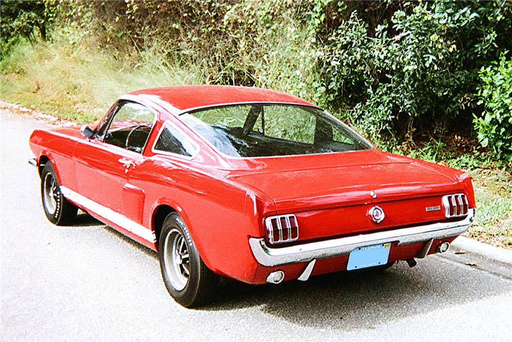 1966 SHELBY GT350 FASTBACK - Rear 3/4 - 170271