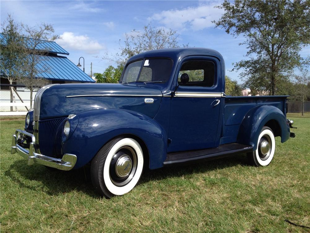 1941 FORD PICKUP - Front 3/4 - 170280