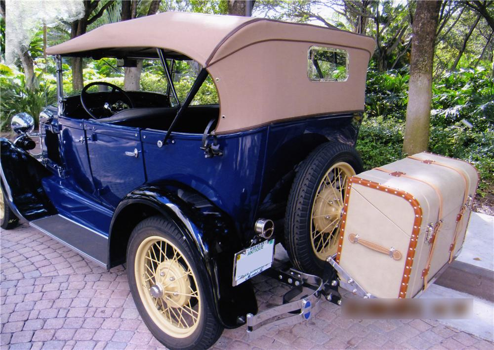 1929 FORD MODEL A PHAETON - Rear 3/4 - 170294