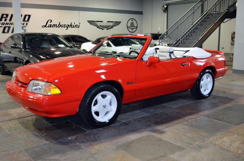 1992 FORD MUSTANG CONVERTIBLE - Front 3/4 - 170304