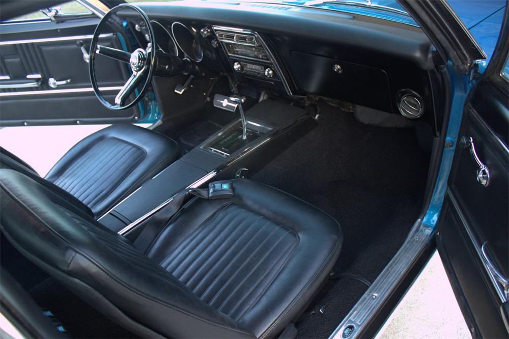 1967 CHEVROLET CAMARO RS/SS 2 DOOR COUPE - Interior - 170308