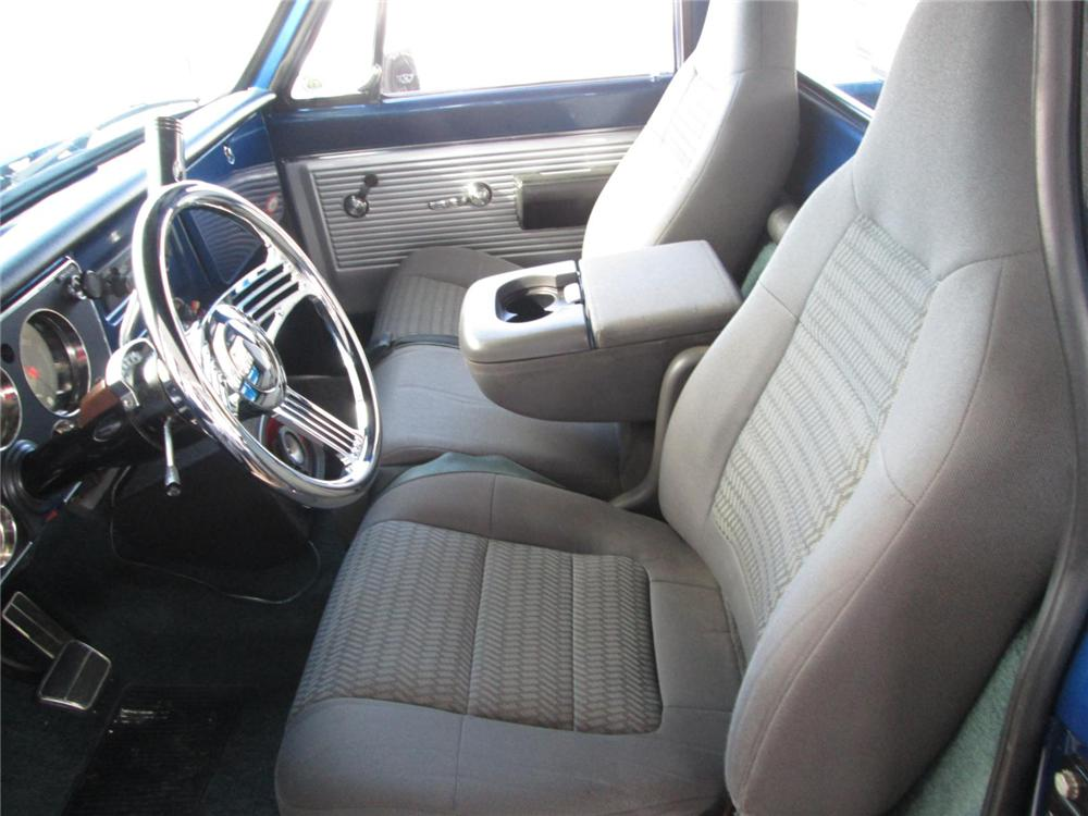 1971 CHEVROLET CHEYENNE CUSTOM PICKUP - Interior - 170315