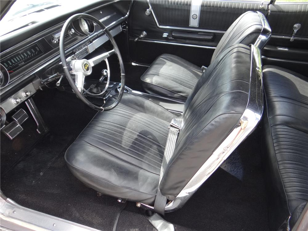 1965 CHEVROLET IMPALA SS CONVERTIBLE - Interior - 170331