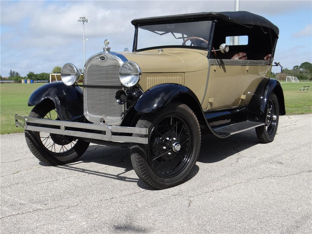 1928 FORD MODEL A 4 DOOR PHAETON - Front 3/4 - 170332