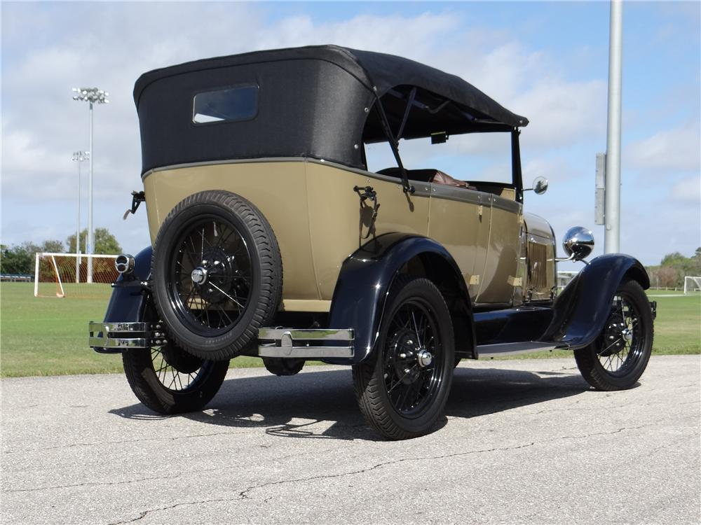 1928 FORD MODEL A 4 DOOR PHAETON - Rear 3/4 - 170332