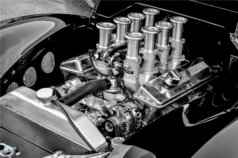 1940 FORD DELUXE CUSTOM CONVERTIBLE - Engine - 170379