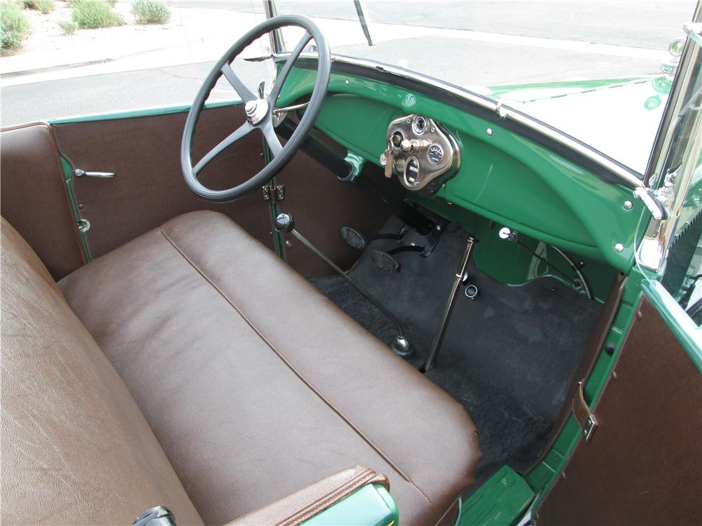 1929 FORD MODEL A ROADSTER - Interior - 170385