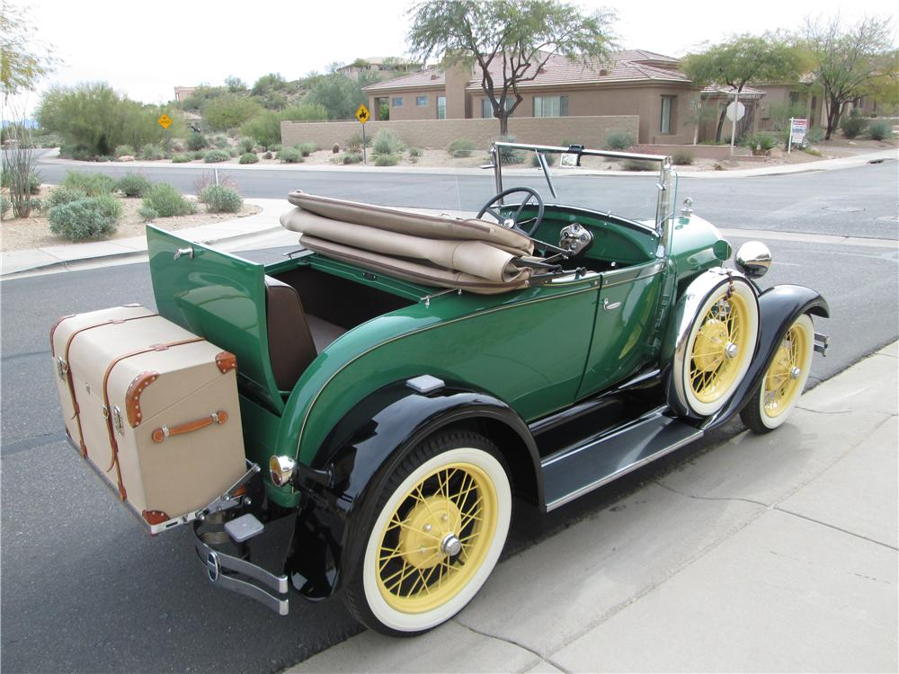1929 FORD MODEL A ROADSTER - Rear 3/4 - 170385