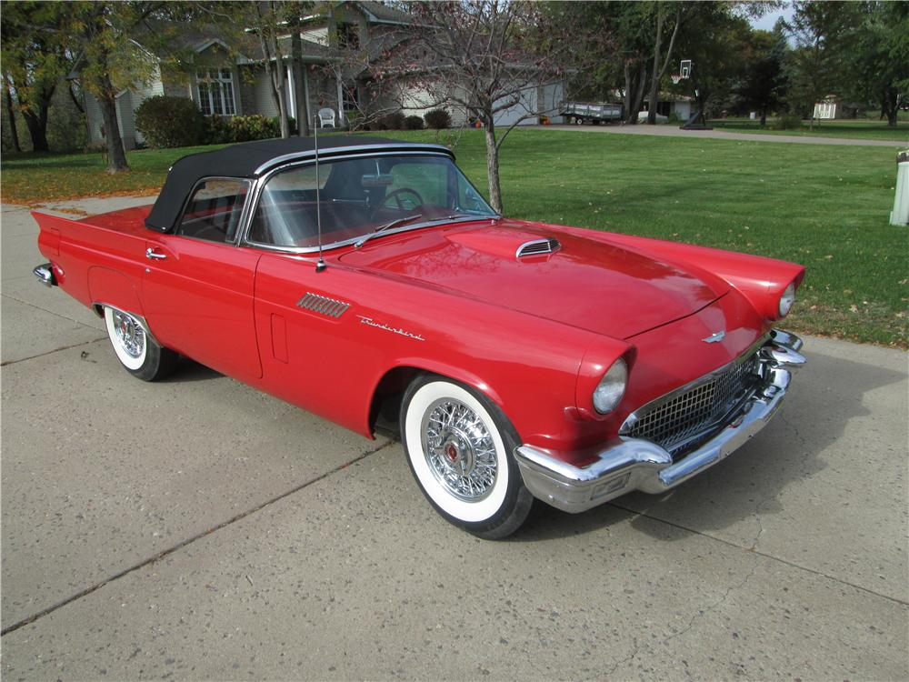 1957 FORD THUNDERBIRD CONVERTIBLE - Front 3/4 - 170388