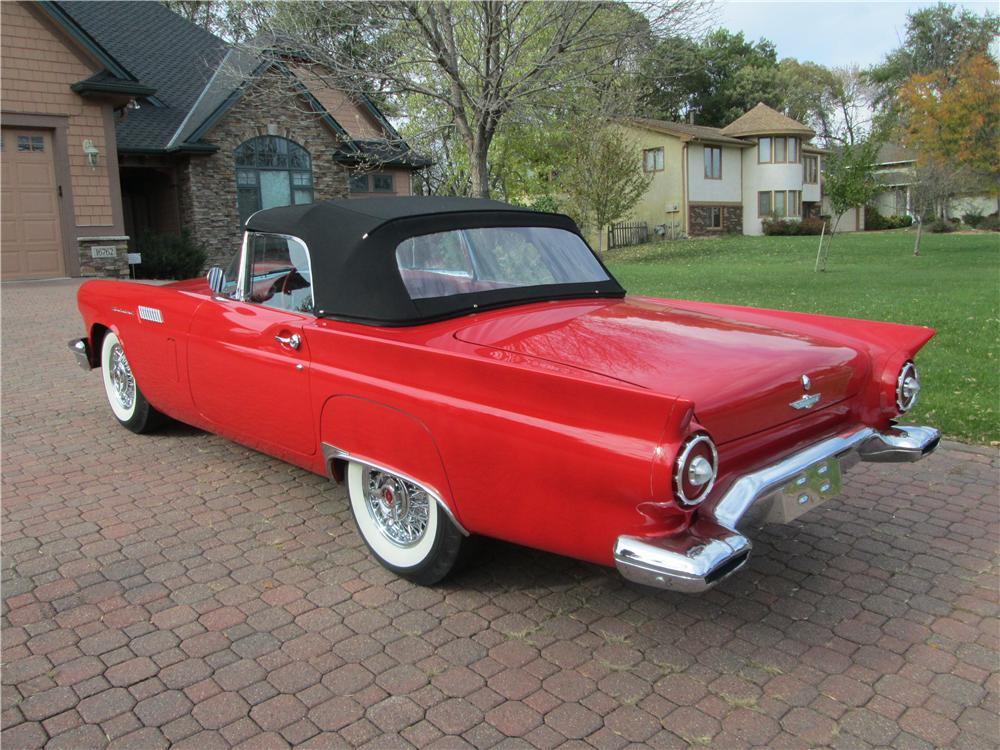 1957 FORD THUNDERBIRD CONVERTIBLE - Rear 3/4 - 170388
