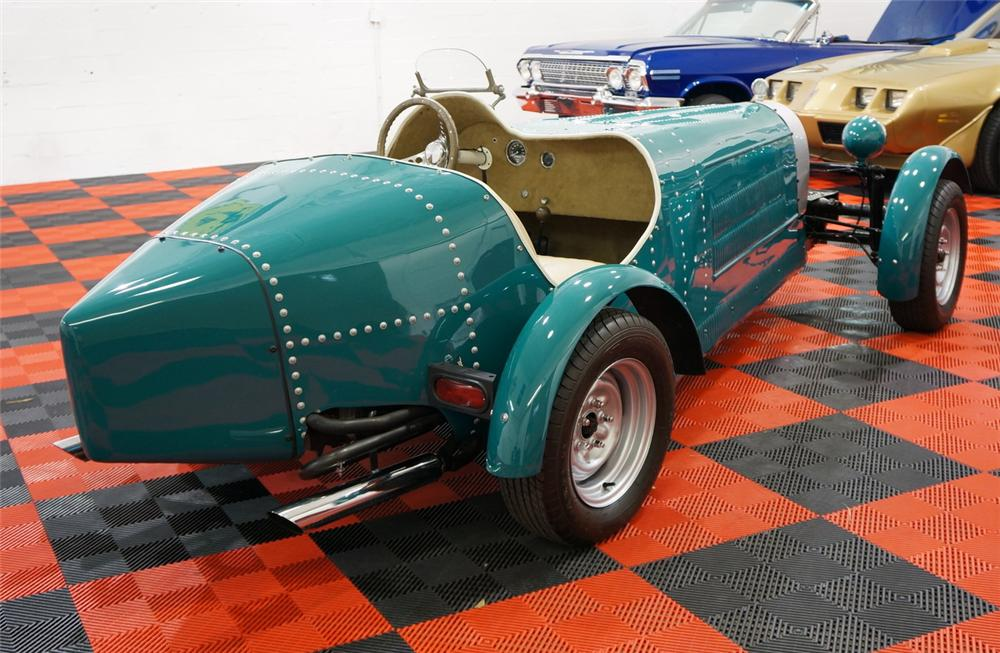 1932 BUGATTI TYPE 54 RE-CREATION - Rear 3/4 - 170408