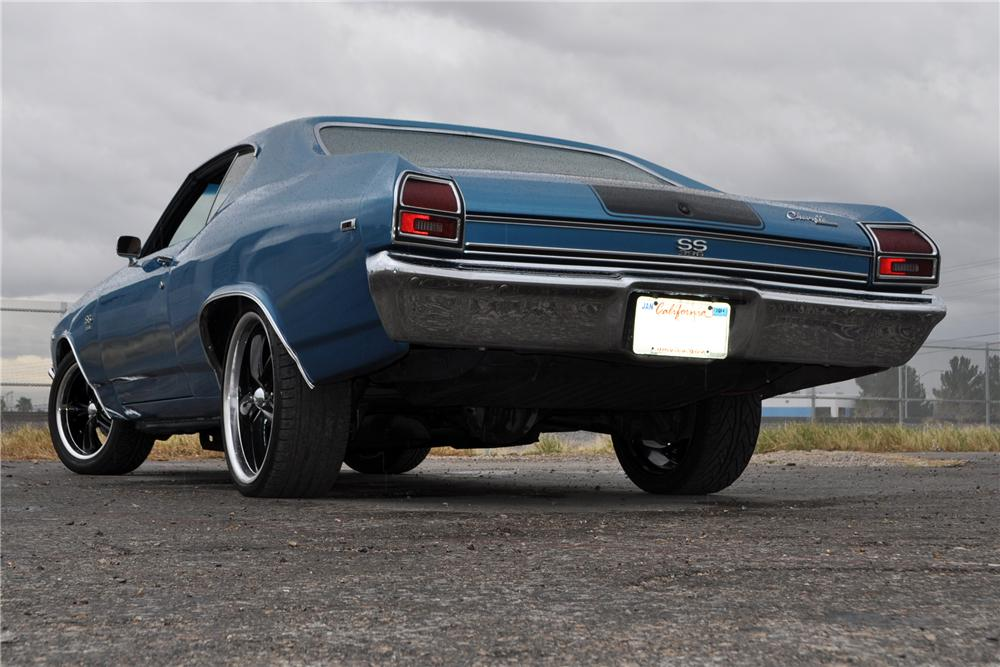 1969 CHEVROLET CHEVELLE SS 454 CUSTOM 2 DOOR HARDTOP - Rear 3/4 - 170417