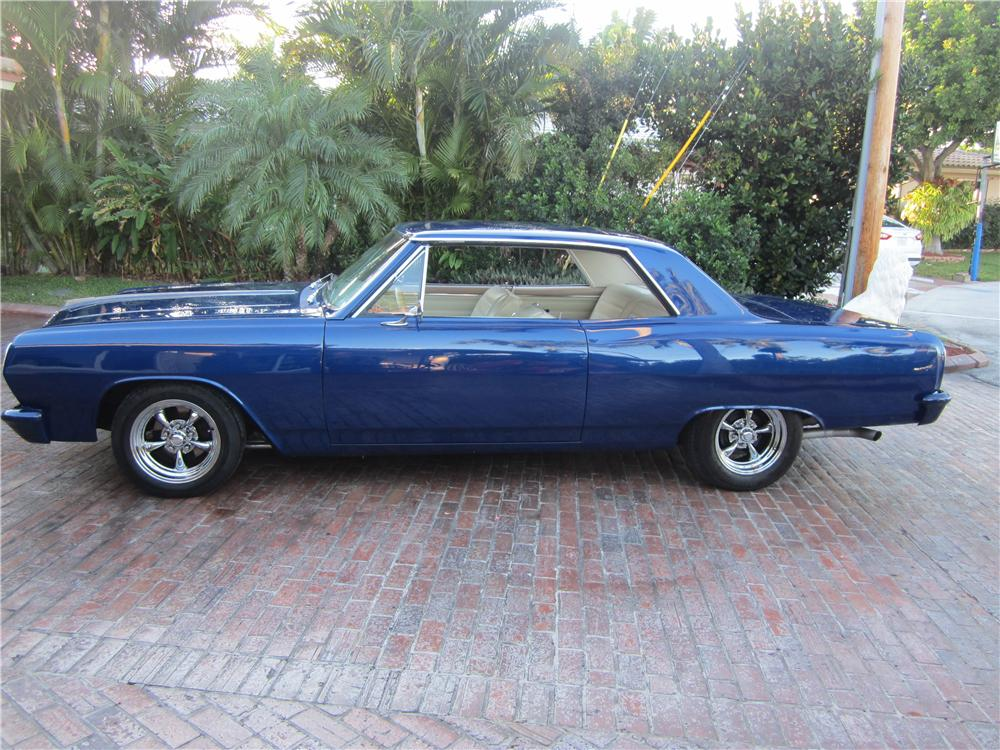1965 CHEVROLET CHEVELLE MALIBU CUSTOM 2 DOOR HARDTOP - Side Profile - 170422