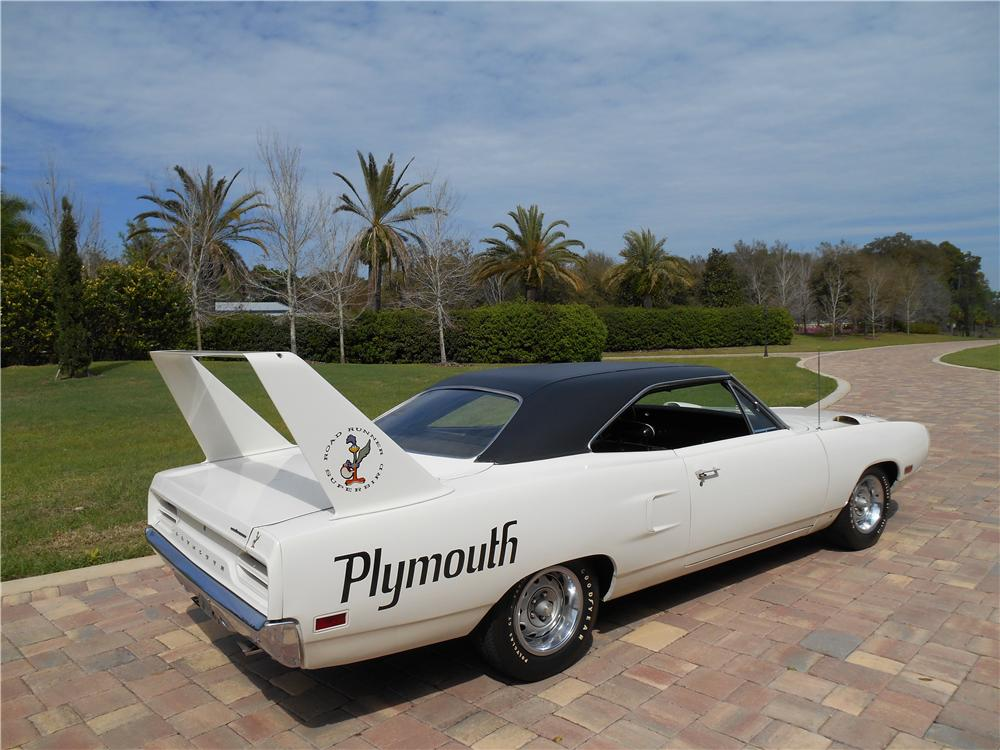 1970 PLYMOUTH SUPERBIRD 2 DOOR HARDTOP - Front 3/4 - 170431